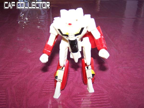 Les MECHAS bref les robots !!! MACROSS2AA